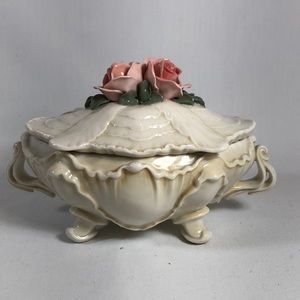 German Rose  porcelain trinket box